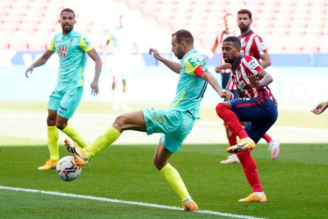 El Atlético devuelve a la realidad al Granada CF en forma de set