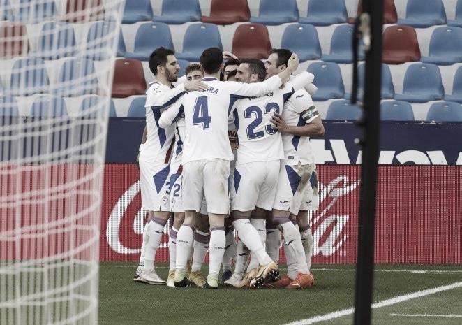 Celebración de gol en el Ciutat de València. Foto: Web SD Eibar