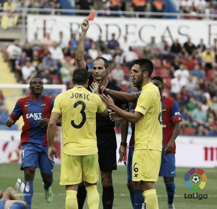 Álvarez Izquierdo dirigirá el Eibar - Sevilla