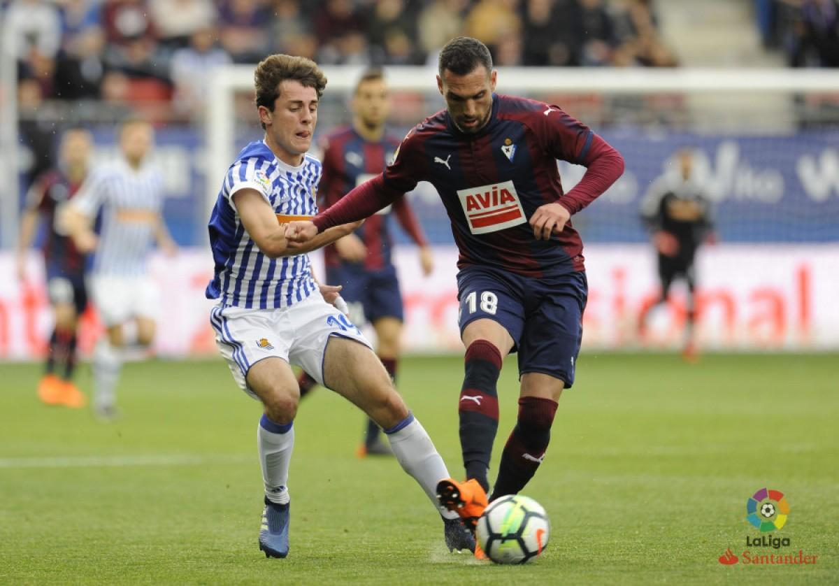 Pouco inspirados, Eibar e Real Sociedad empatam sem gols em Ipurua