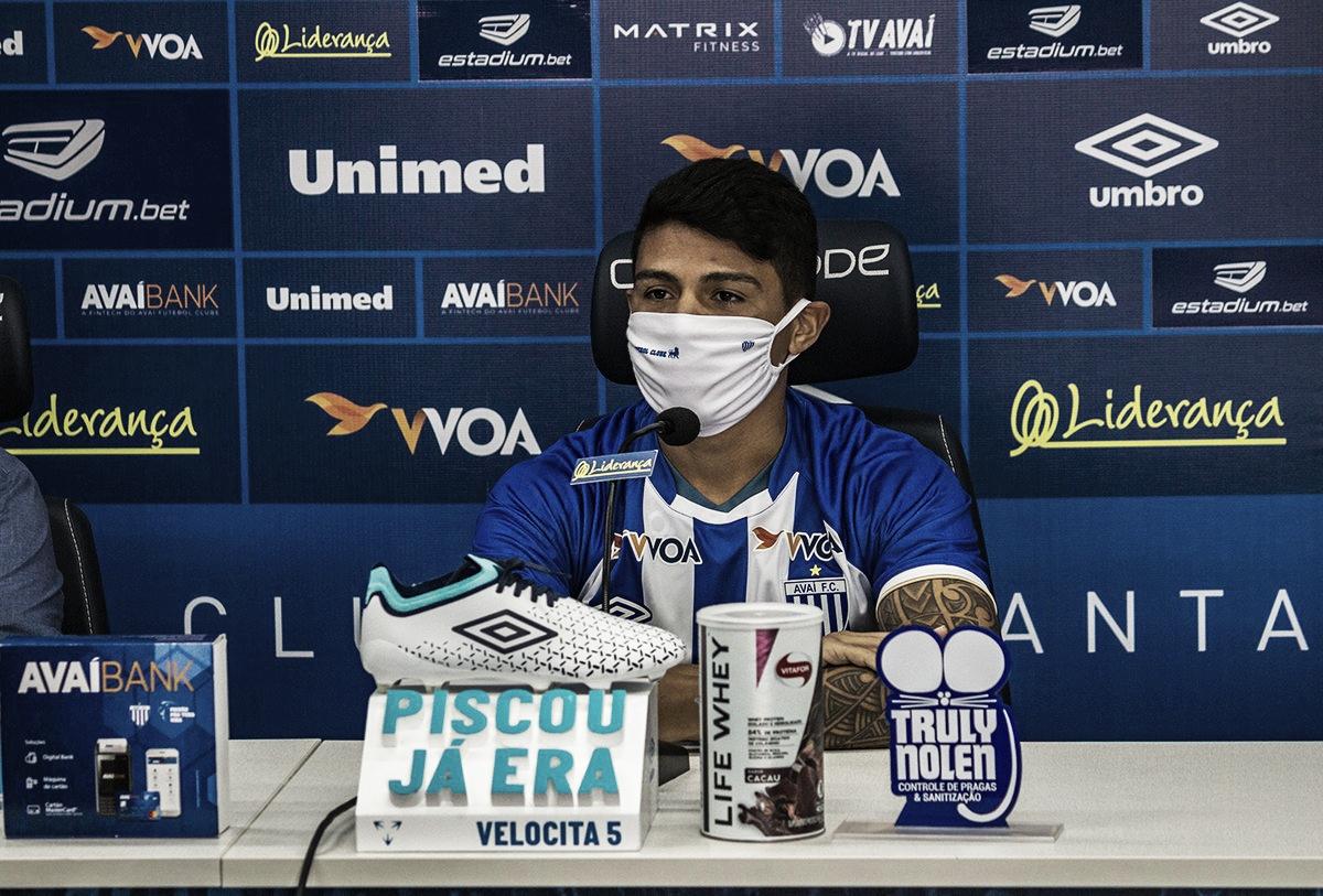 """Renatinho acredita em recuperação do Avaí na Série B: """"Vamos chegar ao objetivo"""""""