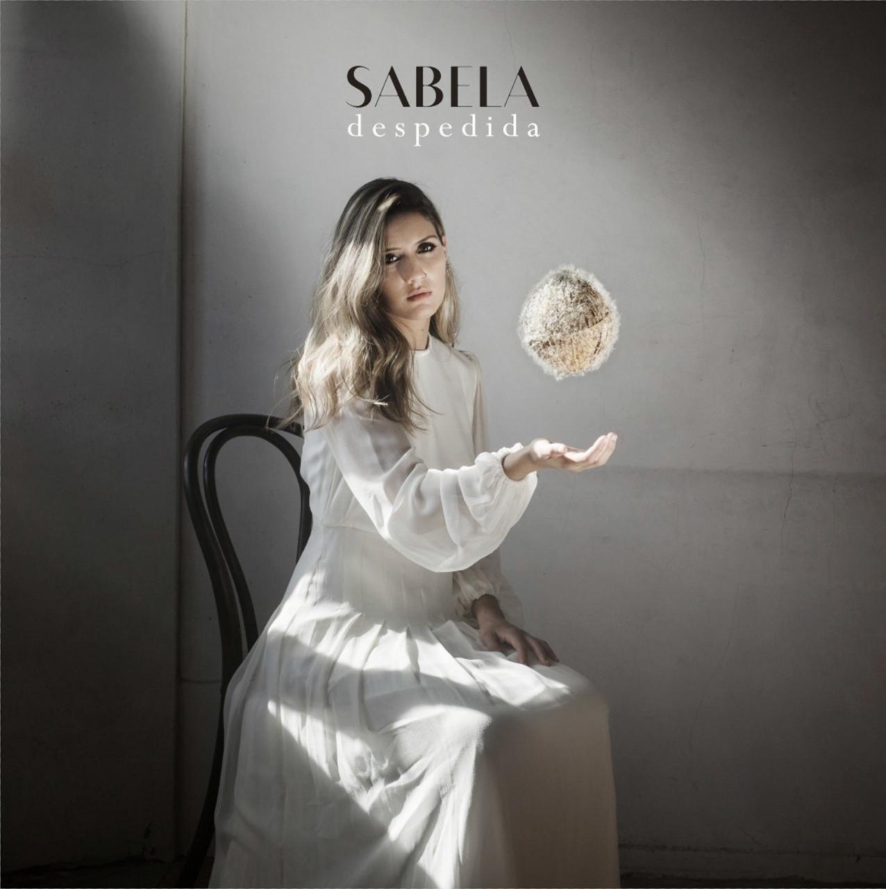 """Sabela rompe esquemas con """"Despedida"""", el preludio de su primer álbum"""