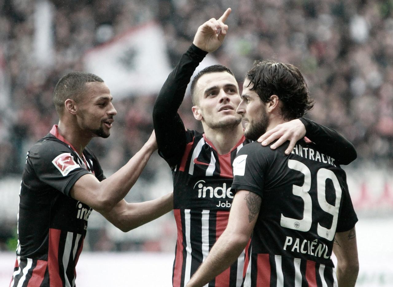 Eintracht Frankfurt goleia Bayern de Munique na Bundesliga