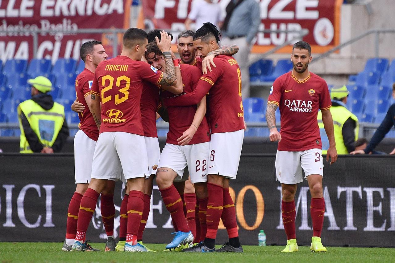 Prova di forza della Roma: Zaniolo e Veretout mettono KO il Napoli (2-1)