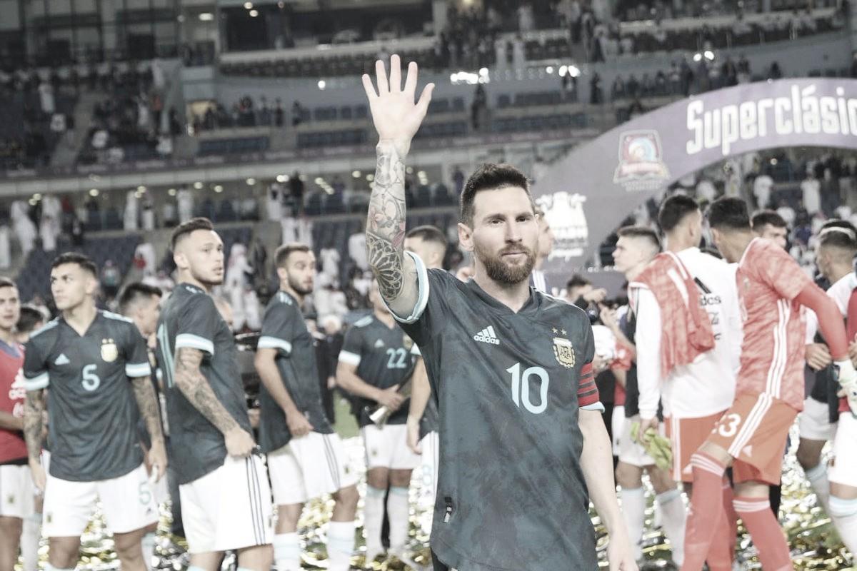 """Messi responde provocação de Cavani para briga: """"Quando quiser"""""""