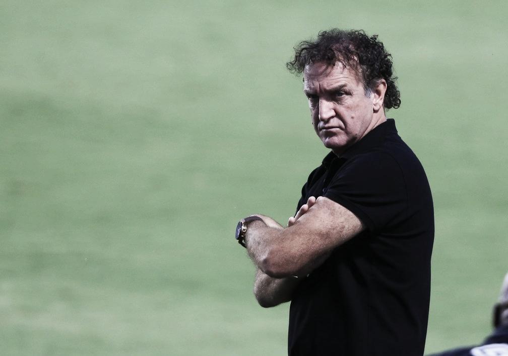 """Cuca valoriza insistência e liderança do Santos na Libertadores: """"Fomos premiados"""""""