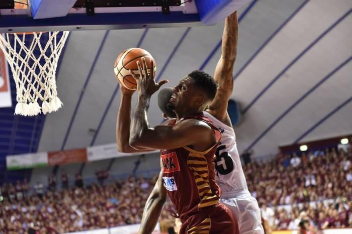 Basket, finale Scudetto Serie A: Venezia espugna Trento, lagunari sul 2-1