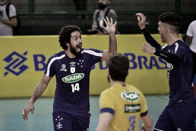 Sem dificuldades, Cruzeiro derrota Sesc-RJ pela Superliga