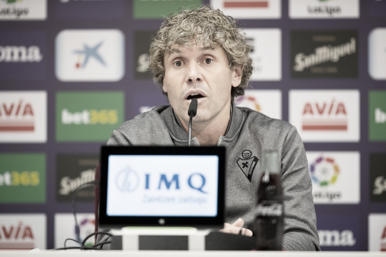 """Iker Dorronsoro: """"Las jugadoras creen en lo que hacen y ahí radica su fuerza"""""""