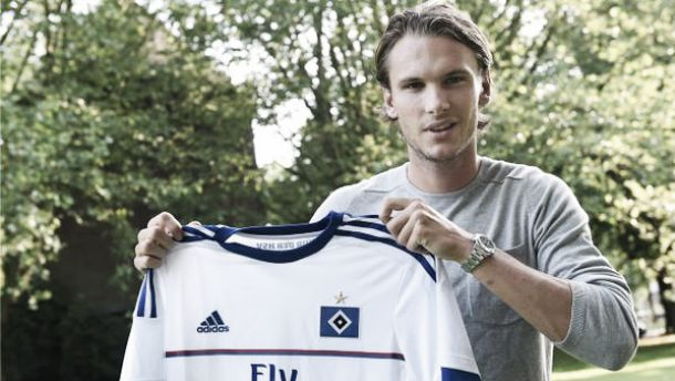 HSV confirm the signing of Cagliari's Ekdal