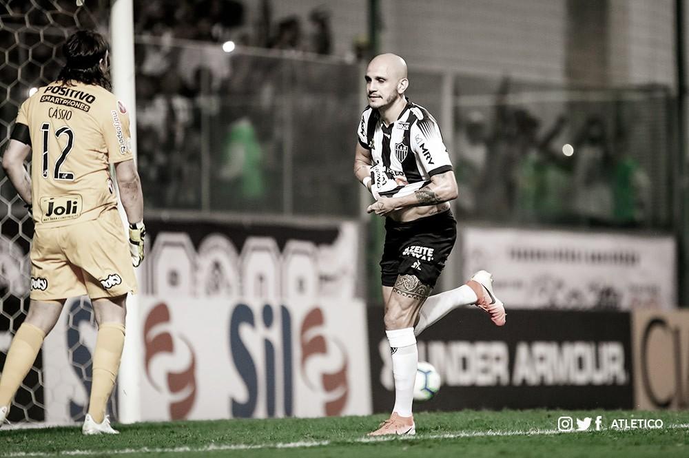 Atlético-MG vence Corinthians e elimina chances de queda no Brasileiro