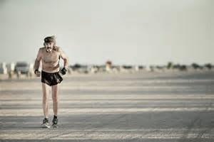 'Cuervo' Kraft, el único corredor en las playas