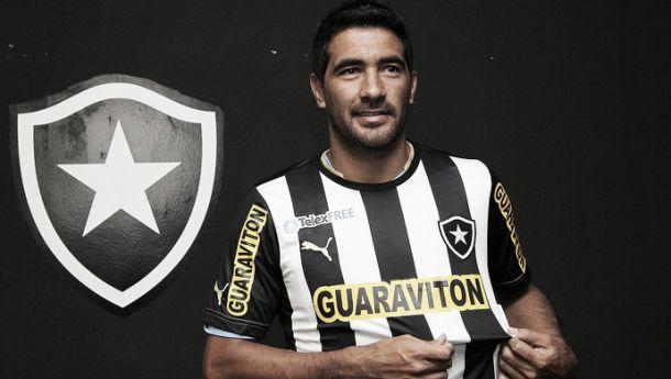 Ferreyra é regularizado e Botafogo divulga a lista da Libertadores