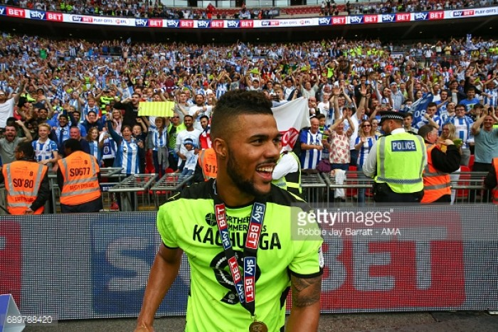 Huddersfield Town complete the signing of Elias Kachunga for £1.1m