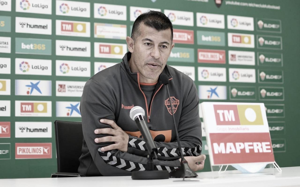 Almirón en la rueda de prensa previa | Foto: Elche CF