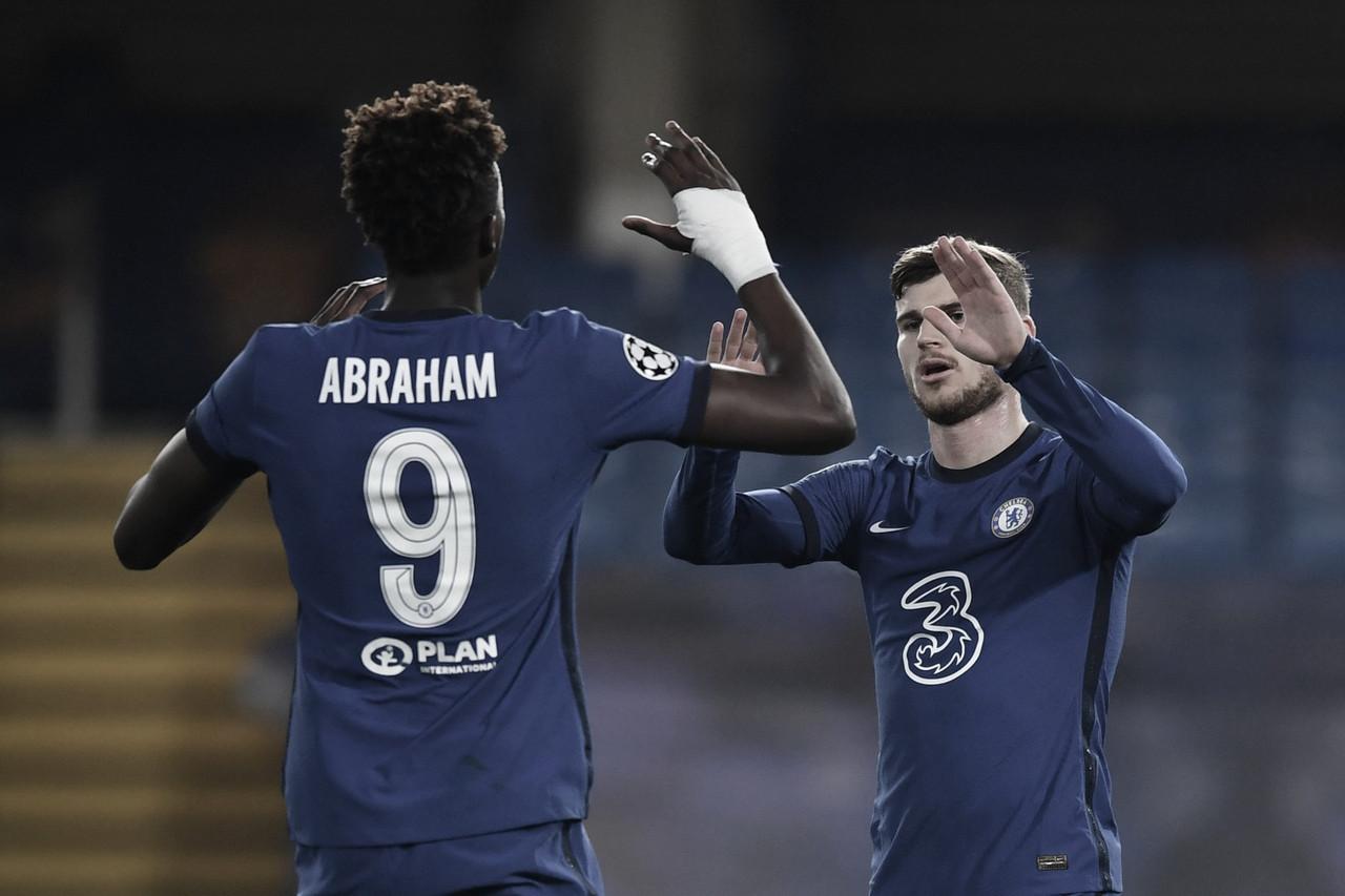 Un Chelsea con fortuna se lleva la victoria a domicilio (3-0)
