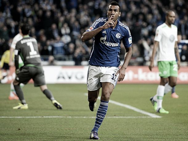 Schalke 04 3-2 VfL Wolfsburg: Choupo Moting's double enough to see off in-form Wolves