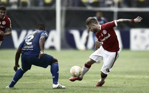 Internacional arranca empate do Emelec fora de casa e Grupo 4 segue embolado