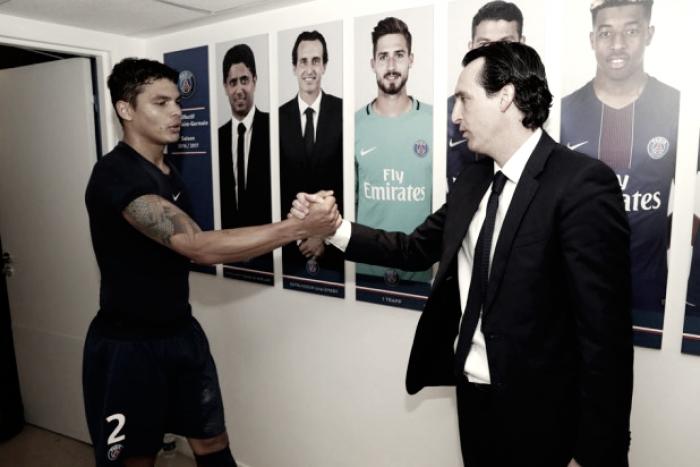 Emery destaca atuação do PSG e dedica vitória contra Lyon à torcida