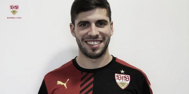 Ex-Atlético de Madrid, argentino Emiliano Insúa assina com Stuttgart por três temporadas