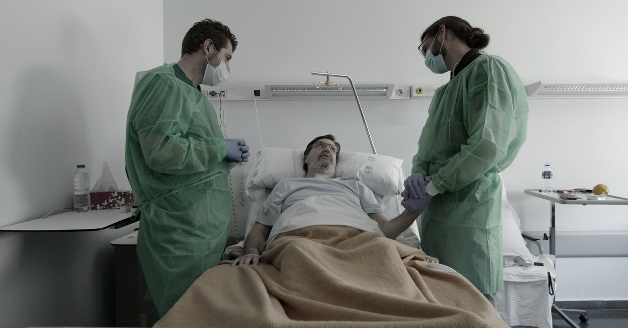 """""""2020"""", un documental sobre la pandemia contado desde primera línea"""