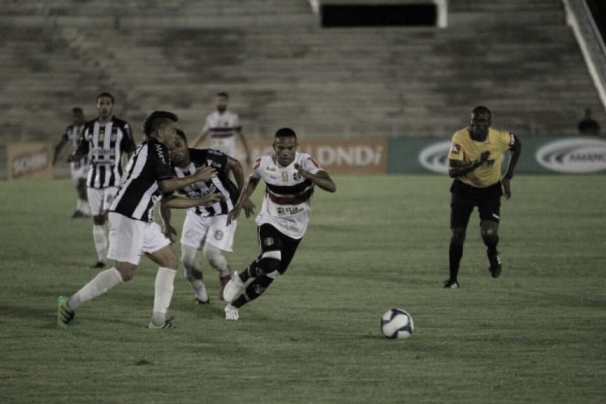 Santa Cruz fica no empate com Treze, mas garante classificação da Copa Nordeste antecipada