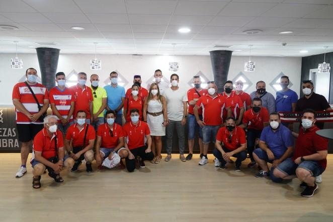 El Granada CF se reúne con las peñas y agrupaciones rojiblancas