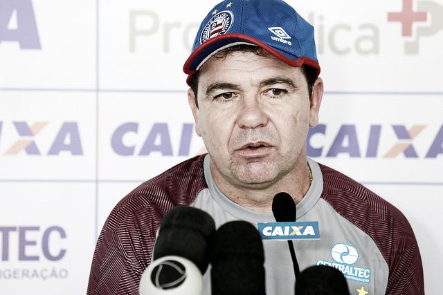 Enderson reconhece dificuldade e elogia Bahia contra o Paraná