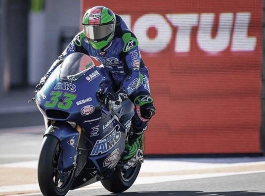 Enea Bastianini sobre su moto | Fuente: Instagram del piloto