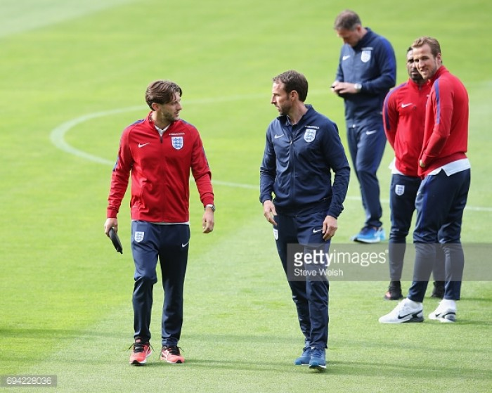 Southgate and Kane on Scotland draw