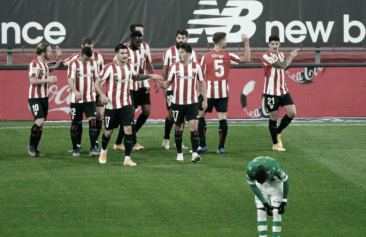 Jugadores del Athletic Club celebran un gol ante el betis Foto: LaLiga