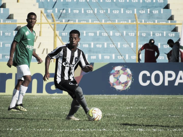 Trajetória, expectativas e sonhos: conheça a vida de Ênio, destaque do Botafogo na Copinha
