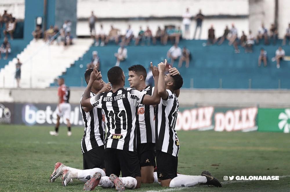 Atlético-MG massacra Capital-TO e respira na Copinha