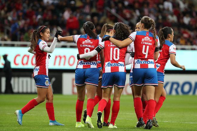 Debut poco alegre para Chivas en el Clausura 2020