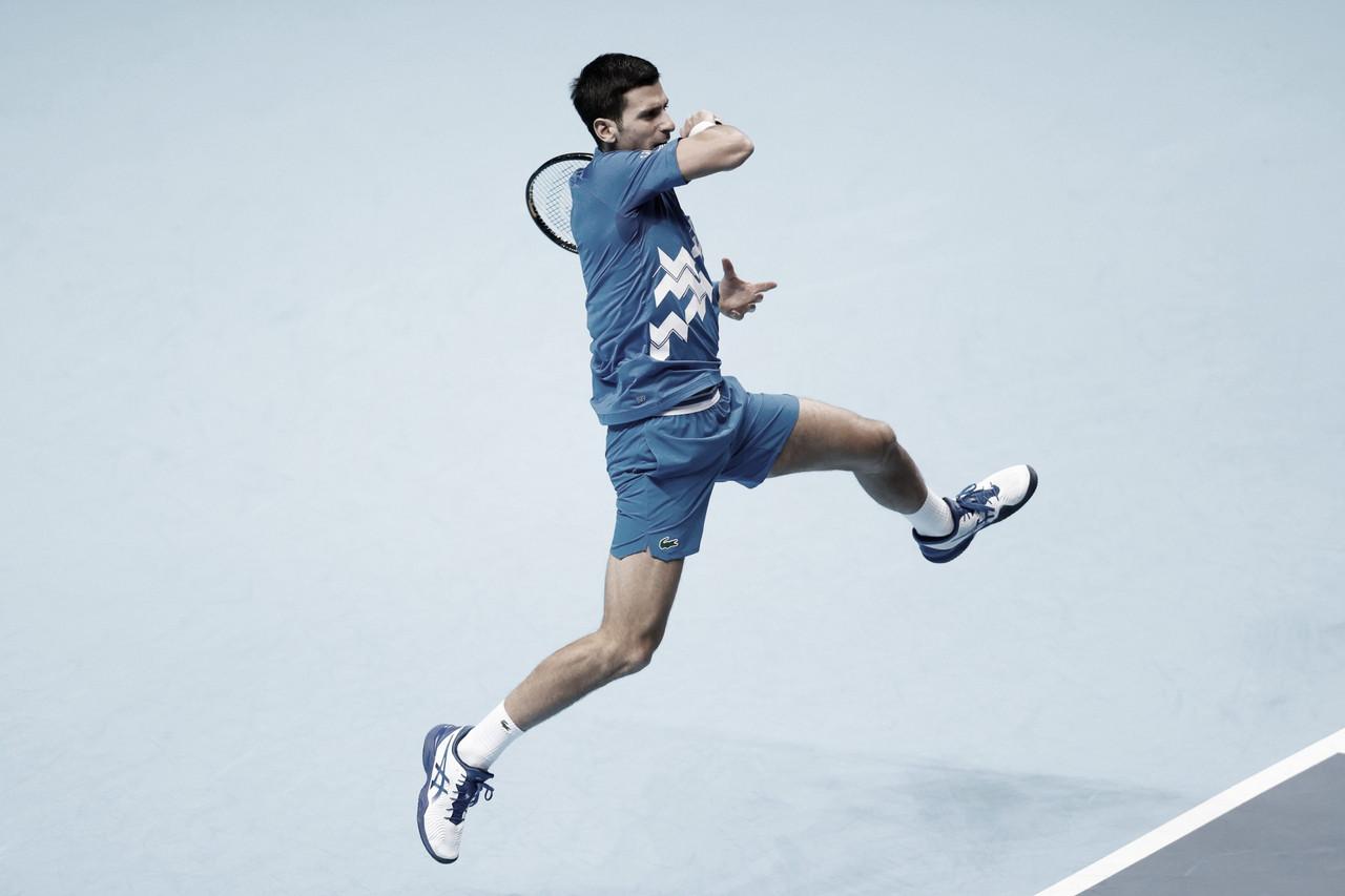 Djokovic derrota Zverev e define semifinais do ATP Finals
