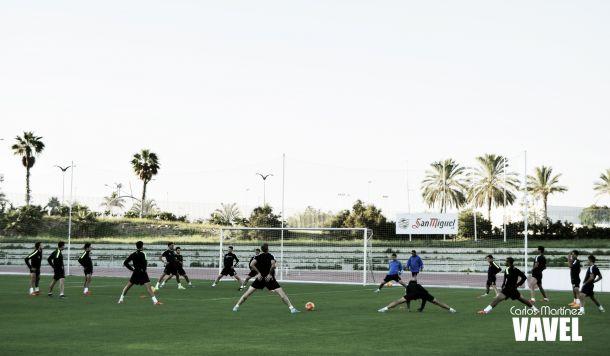Doble sesión de entrenamiento sin los internacionales