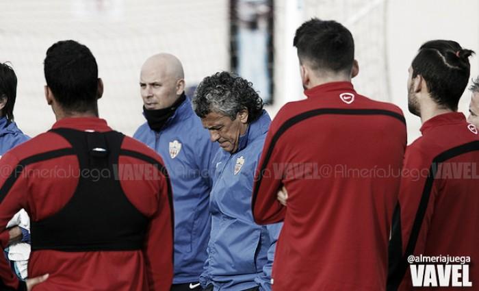El Almería continúa preparando el choque ante el Albacete