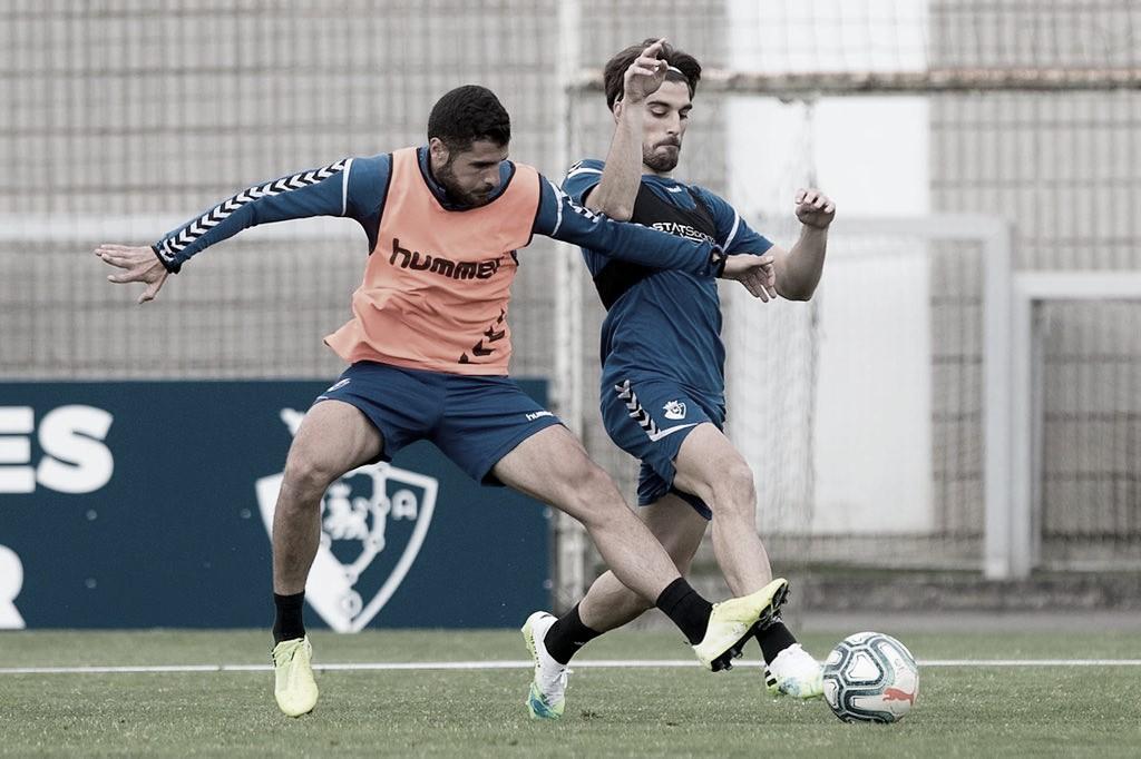 Osasuna comienza los entrenamientos de 13 jugadores