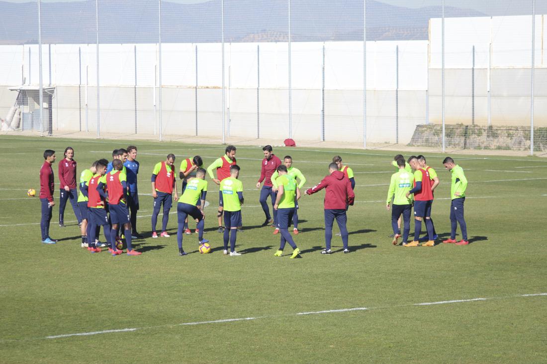 El Granada CF se prepara para recibir al Tenerife con cuatro entrenamientos