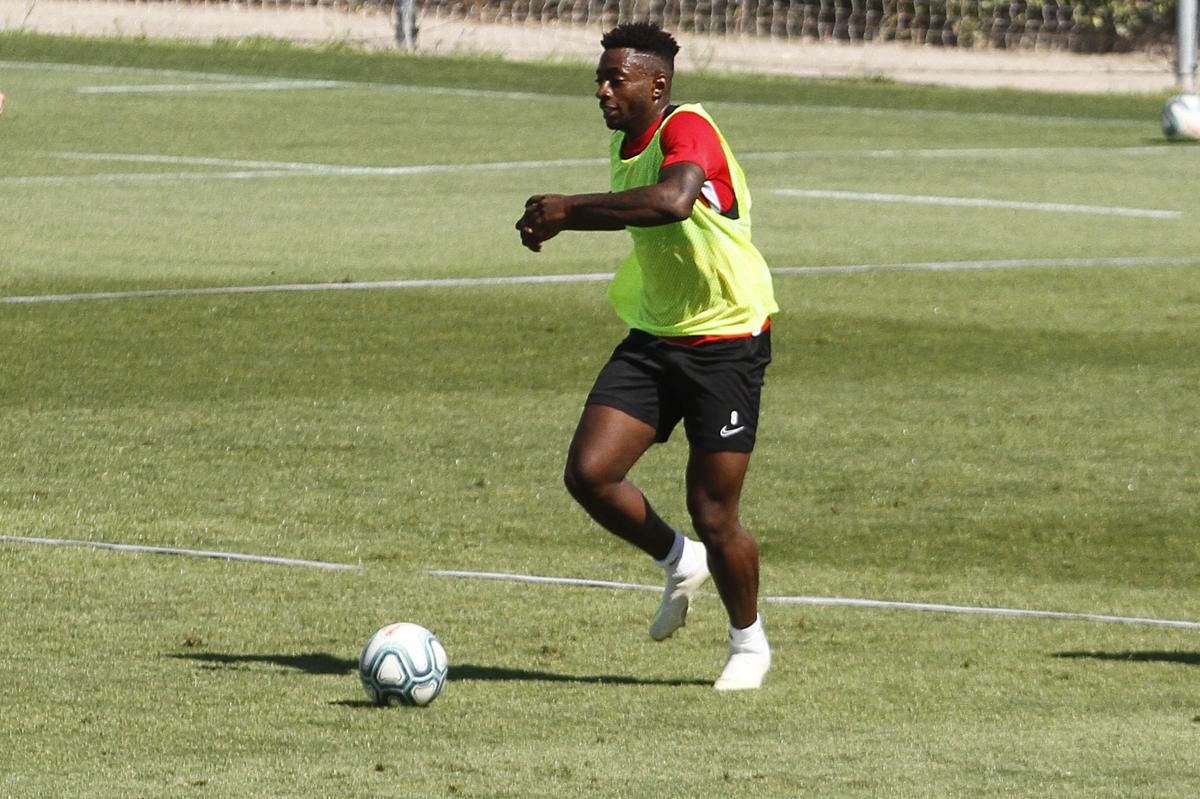 Eteki, convocado por Camerún para la preparación de la Copa África sub-23