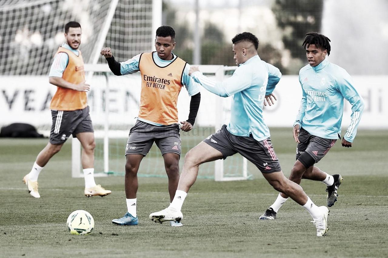 El equipo continúa la preparación para medirse al Granada