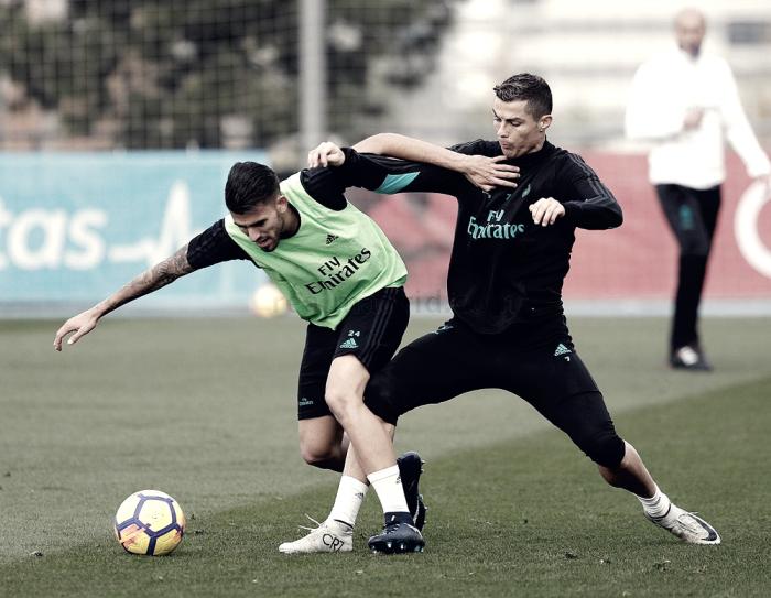 El entrenamiento cada vez cuenta con más jugadores sobre el verde