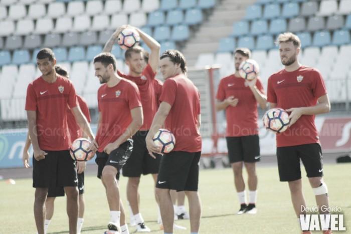 El Almería completa una nueva sesión de trabajo tras vencer al Águilas