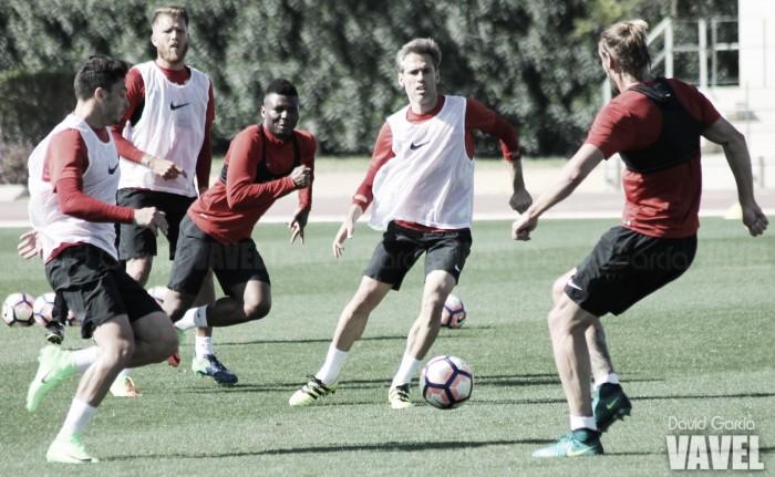El Almería se centra en el partido ante el Nàstic