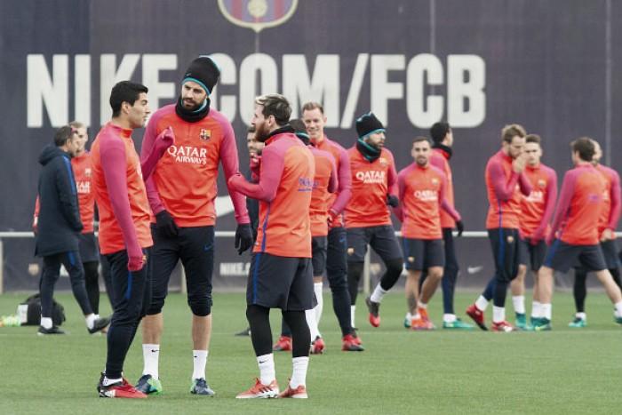 El Barça se ejercita con la mente puesta en el Hércules