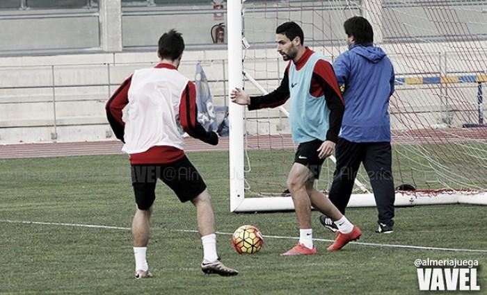 El Almería ensaya los argumentos que expondrá ante el Albacete