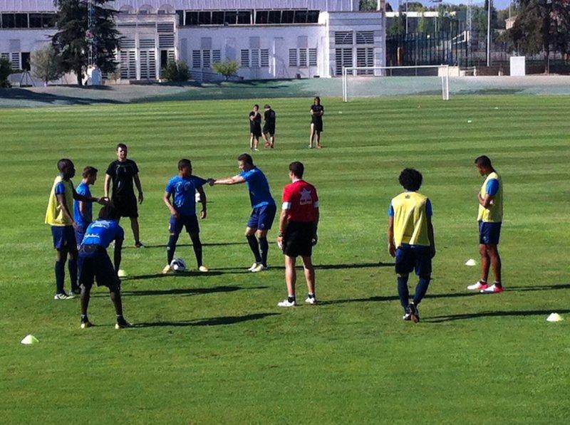 Anquela vuelve a confiar en los mismos jugadores que viajaron a Vallecas