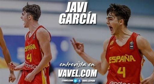 """Entrevista. Javi García: """"El día de mi debut estaba muy nervioso pero me di cuenta de que estaba en el sitio donde siempre había soñado"""""""