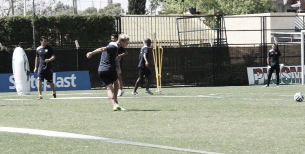 Primer entrenamiento pensando en River Plate