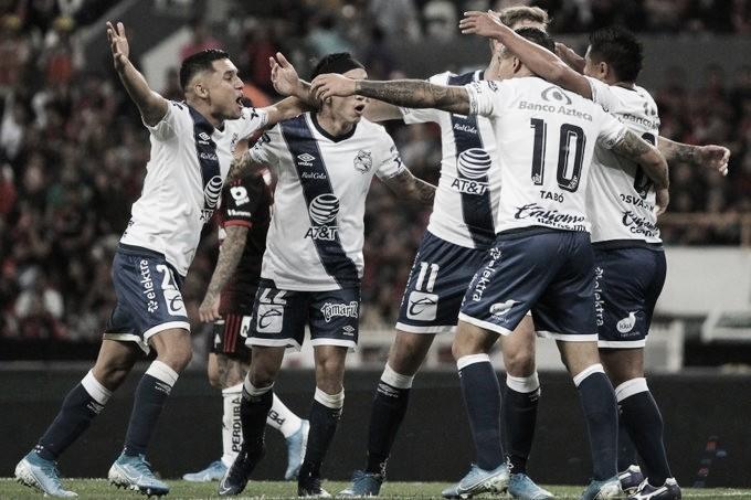 En inoperante juego, Puebla derrota al Atlas
